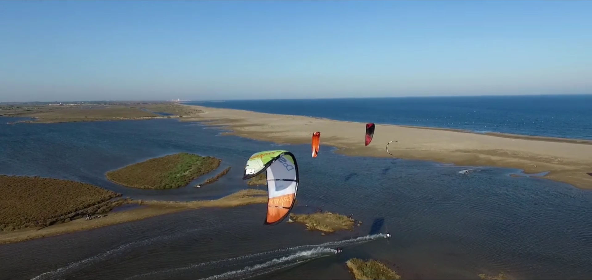Vidéo officielle de la Coupe du Monde Junior de Kiteboard Freestyle